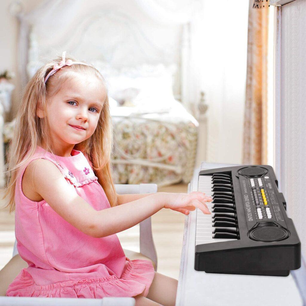 Como enseñar piano a niñas pequeñas