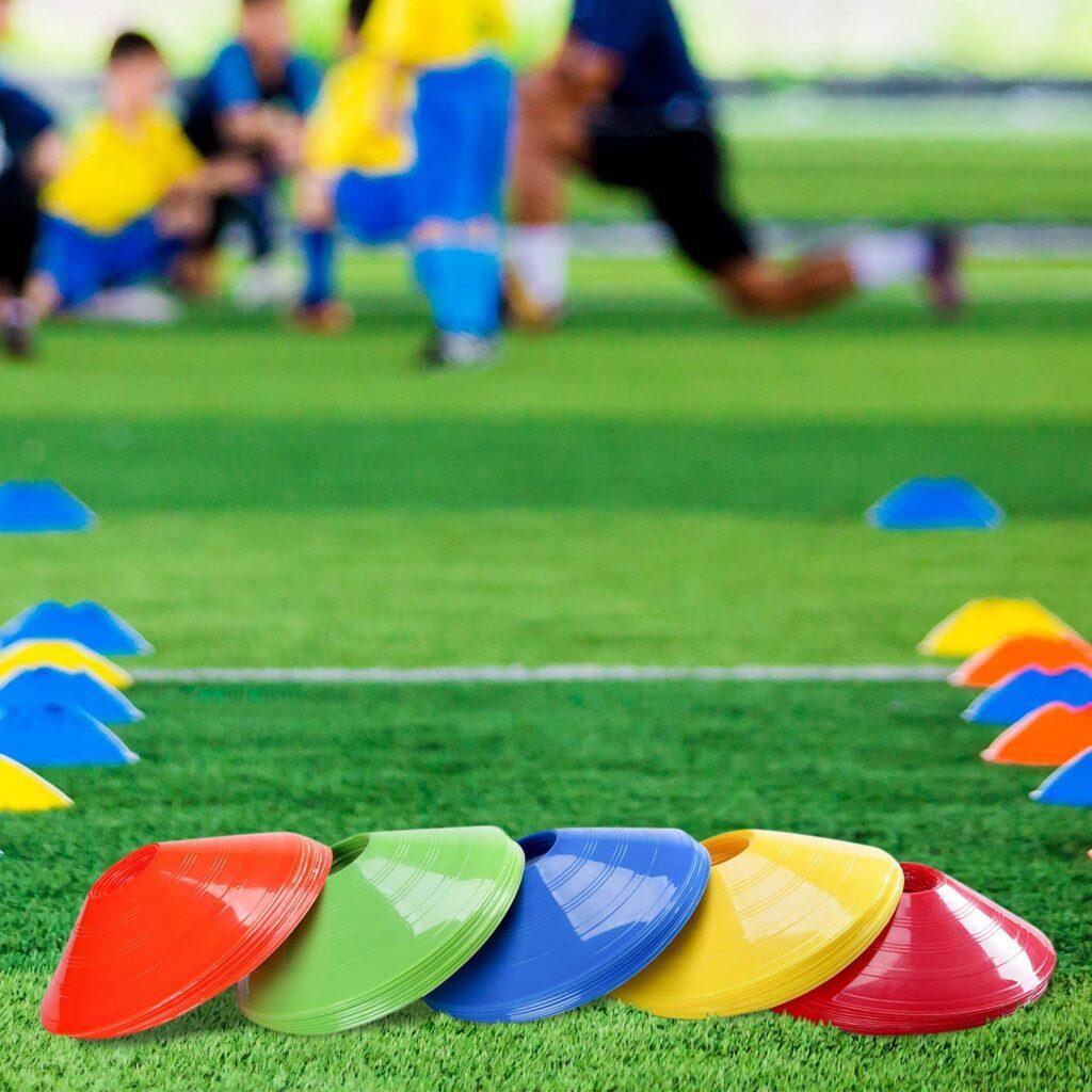 Conos para entrenamiento de fútbol