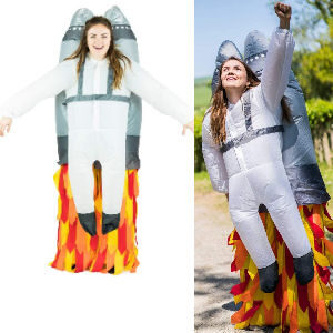 Disfraz hinchable cohete para madres espaciotrastornadas