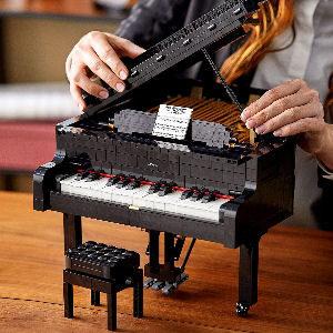 Piano de cola LEGO de coleccionista para adultos