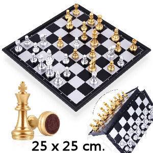 Tablero de ajedrez dorado y plata para niños