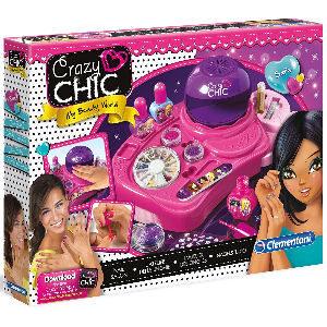 Taller de uñas con secador, esmaltes, lima, adhesivos, hilos y purpurina de colores