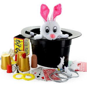 Trucos de magia para niños con sombrero y conejo de peluche